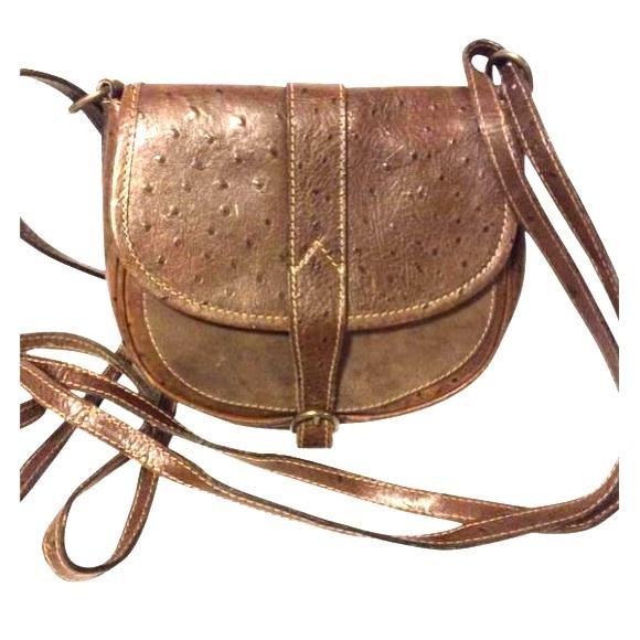 Ann Taylor Handbags - Ann Taylor Leather Crossbody Bag